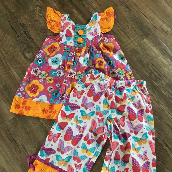 cd5d631570a39 Jelly The Pug Other - Jelly the pug girls size 6x butterfly outfit nwot